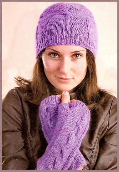 Шапочка с отделкой, шарф, варежки