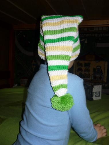 Шапочка «буратино», шарф и варежки для девочки 4—б лет