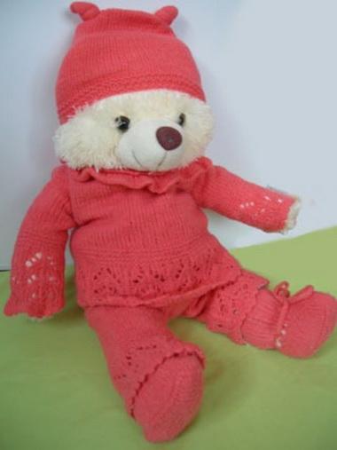 Шапочка и носочки для ребенка до года