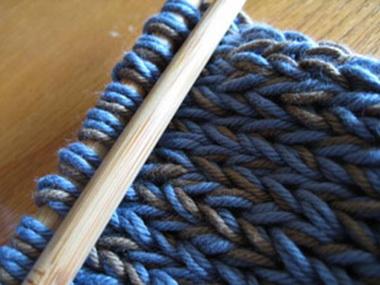 Определение плотности вязания и расчет петель